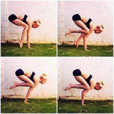 Crane Pose Yoga, Yoga Poses, Yoga Master, Crow Pose, Yoga Tips, Fitness Motivation, Exercise Motivation, How To Do Yoga, Yoga Inspiration