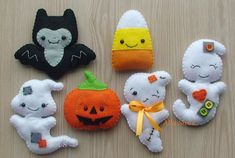 Halloween home decor, Halloween Magnets, Scary felt ornament, Fridge magnets, set of 6 Halloween ornament, Halloween decor, Candy Corn, Bat