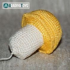 How to crochet: Plant's vs. Zombies Mushroom by Aradiya Toys! | Louie's Loops