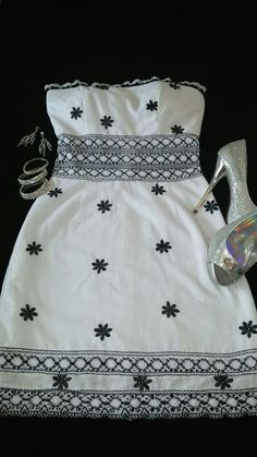 Vestido estraples trabajado en tela bordada con encajes y trencillas utillizados regularmente en polleras. Siguenos en instagram @guiarabyjt Vestidos Sport, Embroidery Dress, Diy And Crafts, Textiles, Culture, Summer Dresses, Sewing, Womens Fashion, Casual