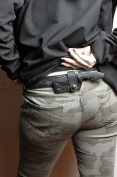 Love when women where camo... but concealed fixed blade just above a camo ass like that... I'd marry this girl!!!