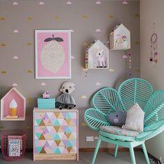 Modern & Contemporary Girls Bedroom Design