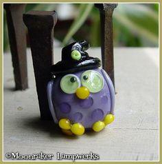 Eule Witch Halloween Lampwork Bead von moonrakerbeads auf Etsy