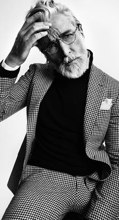 The traditionally British houndstooth motif gets a modern makeover by the Swedish brand, Oscar Jacobson. Wear this cool two-piece suit with a roll neck jumper and perhaps an accent of colour, red is usually the perfect hue. Style AH14 - Aiden Shaw