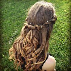 いつまでも女の子の味方♩可愛すぎる編み込みアレンジまとめ♡にて紹介している画像