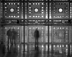 One Hour Exposures Capture Active Motion in Museums - Institute du Monde Arabe Paris by Jean Nouvel; Photo by Matthew Pillsbury Jean Nouvel, Multiple Exposure, Long Exposure, Paris, La Rive, Pillsbury, Environment Design, Light And Shadow, Contemporary Architecture