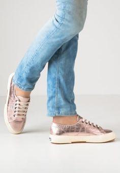 1f7409e8fd96 Chaussures Superga Baskets basses - bronze cuivre  100