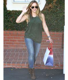 Hilary Duff Street Style                                                       …