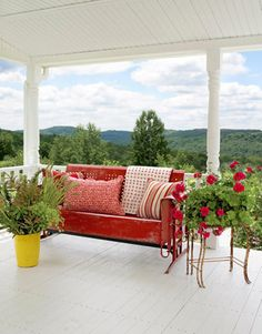 Room with a View The front porch of fashion designer Cynthia Steffe's home, furnished with a vintage metal glider, offers a dreamy view of the Catskill Mountains. Read more: Porch and Patio Decorating Ideas - Outdoor Room Ideas - Country Living Veranda Design, Patio Design, Garden Design, Outdoor Rooms, Outdoor Living, Outdoor Seating, Vintage Metal Glider, Vintage Bench, Metal Vintage