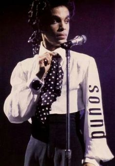 Prince Lovesexy Tour - 'Minneapolis' is on his right sleeve! Get it? Minneapolis SOUND...