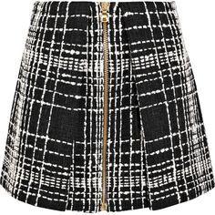 Balmain Bouclé mini skirt (21.735.435 IDR) ❤ liked on Polyvore featuring skirts, mini skirts, black, boucle skirts, balmain, zip skirt, zipper mini skirt and mini skirt