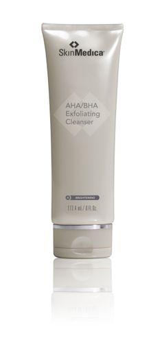 AHA/BHA Exfoliating Cleanser  - małe cząsteczki olejku jojoba delikatnie złuszczają i usuwają martwy naskórek - alfa-hydroksykwasy oraz beta-hydroksykwasy poprawiają koloryt i wygląd skóry