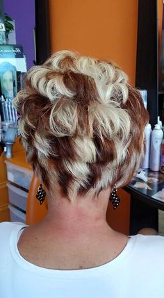 Chunky Blonde Highlights, Blonde Streaks, Hair Color Highlights, Caramel Highlights, Retro Hairstyles, Party Hairstyles, Summer Hairstyles, Wedding Hairstyles, Frosted Hair