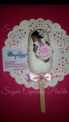 Poplace de chocolate blanco con relleno de fruta de la pasión y mango.  Popsicle chocolate baby fondant sugarveil sugarlace magnum