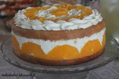 Tarun Taikakakut: Appelsiinirahkakakku (24-26cm) Food Tasting, Cheesecakes, Food And Drink, Pudding, Baking, Desserts, Recipes, Taste Food, Cat