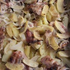 """Csirke """"Pékné"""" módra Pasta Salad, Potato Salad, Potatoes, Ethnic Recipes, Crab Pasta Salad, Potato"""