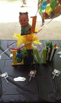 Lollipop Favors Face centerpiece cutout Decals