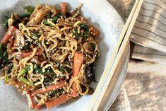 Ukemeny for uke 47 Wok, Asian Recipes, Ethnic Recipes, Wontons, Quesadilla, Couscous, Japchae, Sweet Potato, Slow Cooker