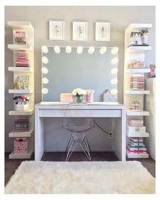 Girl Bedroom Walls, Bedroom Decor For Teen Girls, Teenage Girl Bedrooms, Teen Room Decor, Room Ideas Bedroom, Bedroom Furniture, Teen Bedroom, Couple Bedroom, Small Room Bedroom
