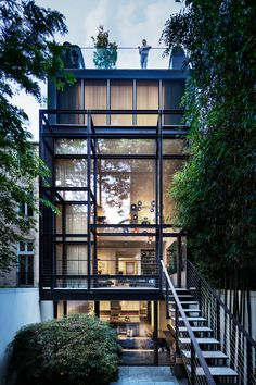 Greenwich Village Townhouse in NYC by Steven Harris Architecture Apartamento New York, Residential Architecture, Interior Architecture, Townhouse Exterior, Modern Townhouse Interior, Modern Interiors, Room Interior, Townhouse Designs, Narrow House