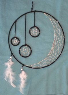 Crescent Moon and Hanging Stars Handmade Twelve Inch Dream Catcher Diy Tumblr, Dream Catcher Tutorial, Dream Catcher Craft, Dream Catcher Patterns, Dream Catcher Mobile, Hanging Stars, Deco Nature, Sun Catcher, Handmade Home