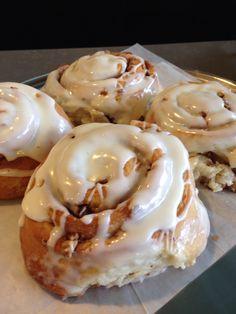 The best pecan cinnamon rolls. Pecan Cinnamon Rolls, Bar, Coffee, Breakfast, Food, Kaffee, Meal, Eten, Meals