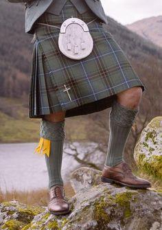 Stewart Hunting Weathered Tartan Custom Made Kilt Kilt Wedding, Black Kilt, Scotland Kilt, Glasgow Scotland, Men In Kilts, Kilt Men, Tartan Kilt, Tartan Fabric, Mens Fashion