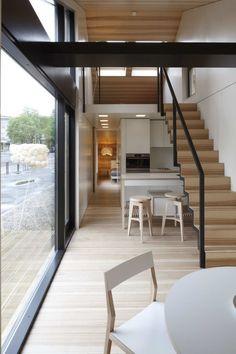 Идея и концепт этого модульного дома позволяет ему сохранить баланс между завышенными потребностями и реальными возможностями заказчика.