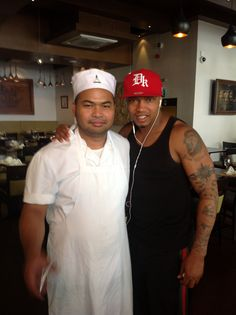 Great to see #Leeds United's El Hadji Diouf at Sukhothai South Parade again. He obviously knows great #ThaiFood! #LUFC