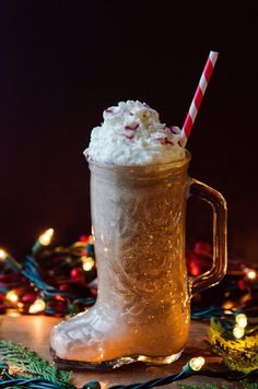 Recipe: Peppermint Mocha Breakfast Shake — Gluten-Free Holiday Recipes from The Kitchn | The Kitchn