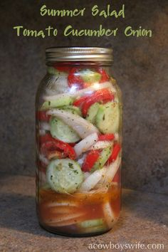 Tomato Cucumber Onion Summer Salad INGREDIENTS 4 medium tomatoes diced or sliced the way you want them 2 medium cucumbers, peeled & sliced 2 onions, sliced and separated into rings 2 Tbsp. Vinegar 14 c. Cucumber Tomato Salad, Cucumber Recipes, Vegetable Recipes, Salad Recipes, Marinated Cucumbers, Cucumber Onion And Tomato Salad Recipe, Pickled Cucumbers And Onions, Salsa Canning Recipes, Cucumber Salad Vinegar