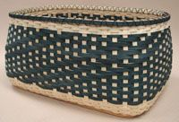 Easy Continuous Twill on Rectangle Base Basket Pattern by Wagner http://catalog.countryseat.com/Eastcontinuoustwillrectanglebasepattern-bywagner.aspx