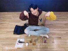 Junkyu carries different kinds of perfumes Baby Koala, K Idol, Treasure Boxes, Boyfriend Material, Beautiful Boys, My Bags, Boy Groups, Survival, Handsome