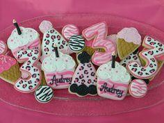 Love these cookies- zebra and cheetah print