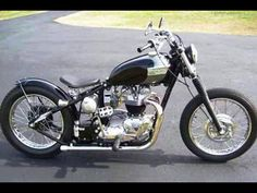 1969 Triumph Trophy Custom Bobber Photo Album by Dave by Dave from Moscow, TN, United States, made available these pictures of his beautiful Triumph Motorbikes, Triumph Chopper, Triumph Cafe Racer, Triumph Bikes, Bobber Bikes, Chopper Bike, Bobber Motorcycle, Motorcycle Design, Triumph Motorcycles