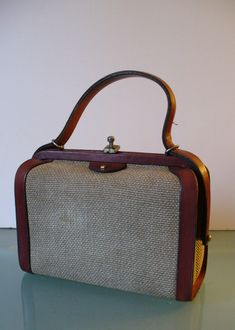 35df5b984dd7 Vintage Etienne Aigner Doctor s Style Handbag