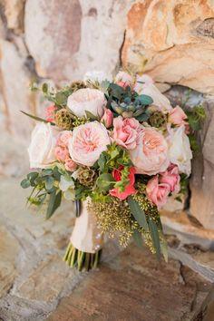 Top Ten Rustic Wedding Bouquet Recipes: Blush garden roses, succulents, eucalyptus, cream roses. // Meet The Burks Photo