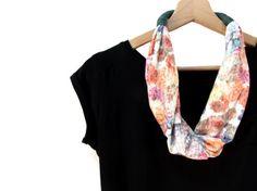 Tela verde y Floral, bufanda Floral, tela collar con flores joyería Chic, impresión de camisetas recicladas, regalo para ella