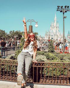 Disney World Outfit Ideas - Travel Orlando - Ideas of Travel Orlando - Disney World Outfit Ideas Disney World Outfits, Disney World Trip, Disney Trips, Disney Worlds, Disney World Pictures, Cute Disney Pictures, Vacation Pictures, Disneyland Photos, Disneyland Outfits