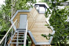 Vacation Rentals, Homes, Experiences & Places - Airbnb Tiny House Exterior, Interior And Exterior, Rural Retreats, Tiny House Cabin, Small Places, Contemporary Architecture, Construction, Condo, Container Homes