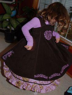 Feliz sew-along.  Dress embellishment ideas with embroidery.