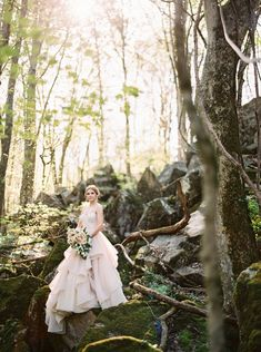 Woodland Princess Wedding in the Forest #woodlandweddingideas #woodlandwedding #forestwedding #forestfairytalewedding #blushpinkwedding #blushweddinggown #blushpinkweddingideas Boho Chic Wedding Dress, Classic Wedding Dress, Forest Wedding, Woodland Wedding, Rustic Wedding Inspiration, Blush Pink Weddings, Princess Wedding, Wedding Planning, Mountain