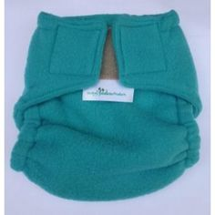 Double layer of soft polar fleece, which is water retainable (like wool): Allows moisture to evaporate while cooling the nappy area.
