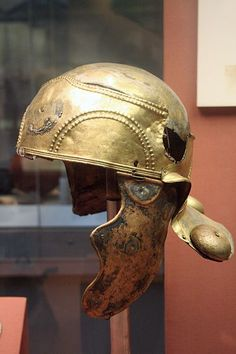 File:Roman helmet.jpg