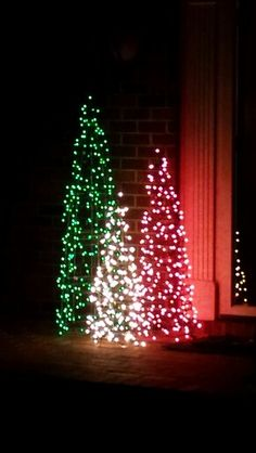 34 The Best DIY Outdoor Christmas Lighting Ideas That Will Leave You Breathless - Outdoor Christmas Tree Decorations, Diy Christmas Lights, Xmas Lights, Holiday Decor, Outdoor Trees, Lighted Christmas Trees, Christmas Lights Outside, Christmas Garden, Christmas Porch