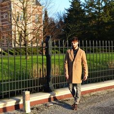 Camel coat €89,99 Ripped jeans studs €37,99 Elegant men's shoes brown €32,99 http://mymenfashion.com/camel-coat.html http://mymenfashion.com/ripped-jeans-studs.html http://mymenfashion.com/elegant-men-s-shoes-brown.html