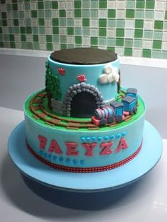 thomas the train birthday cake by gc.cookies, via Flickr