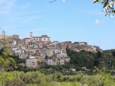 Cagnano Varano-veduta da valle San Giovanni!