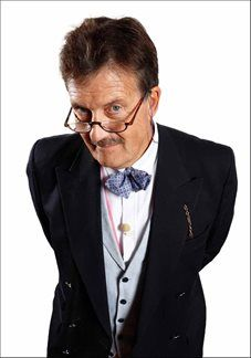 Tim Wonnacott - Event Host, After Dinner Speaker & Keynote Speaker - Antiques