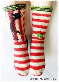 Knitting Patterns Socks Biscotte& folly by Micheline Goulet for Biscotte & Cie inc. - a buyable knitting pattern for ex. Crochet Socks, Knit Mittens, Knit Or Crochet, Knitting Socks, Hand Knitting, Knit Socks, Knitting Charts, Knitting Patterns, Crochet Patterns